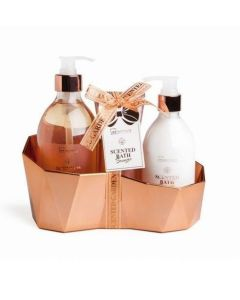 Scented bronze geometric 3 piezas (gel baño dosif.500ml+body dosif.300ml.+exfoliante 100ml)